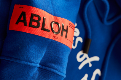 FOS Virgil_Abloh X Simon_Brown Collaboration 816x544 Blue_Hoodie